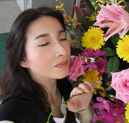 花の香りにうっとり2 小.jpg