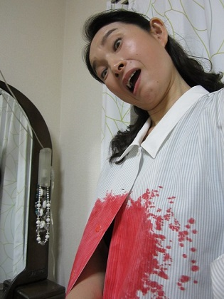 血のりシャツ3 小.jpg