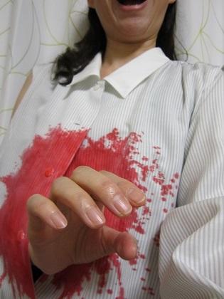 血のりシャツ2 小.jpg